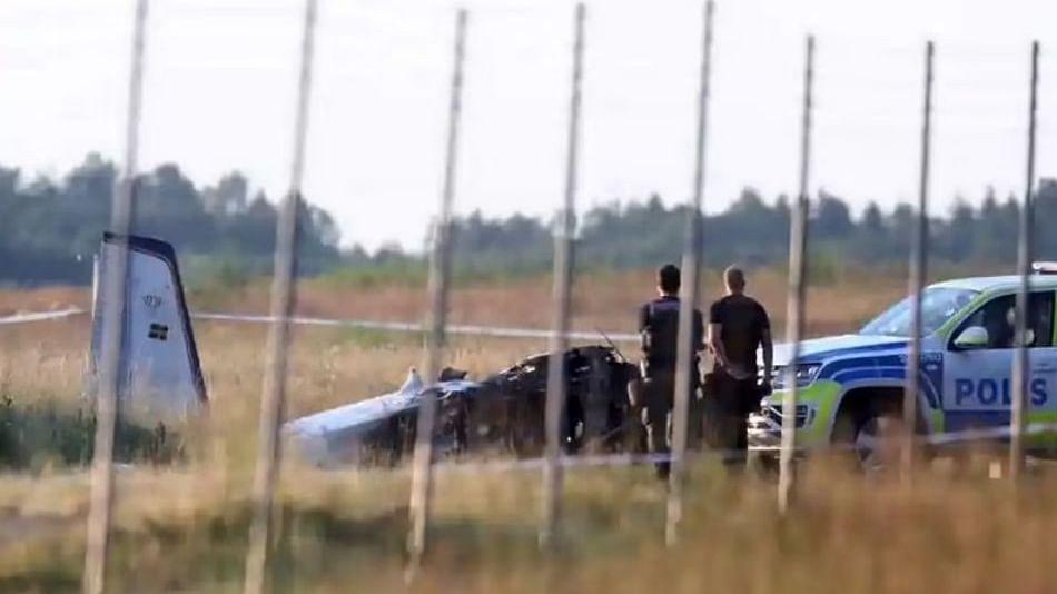 स्वीडनमध्ये भीषण विमान अपघात; ९ जणांचा मृत्यू