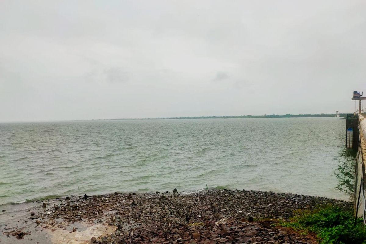 लोअर दूधना प्रकल्पाचे चौदा दरवाजे उघडले; दूधना नदी पात्रात पाण्याचा विसर्ग