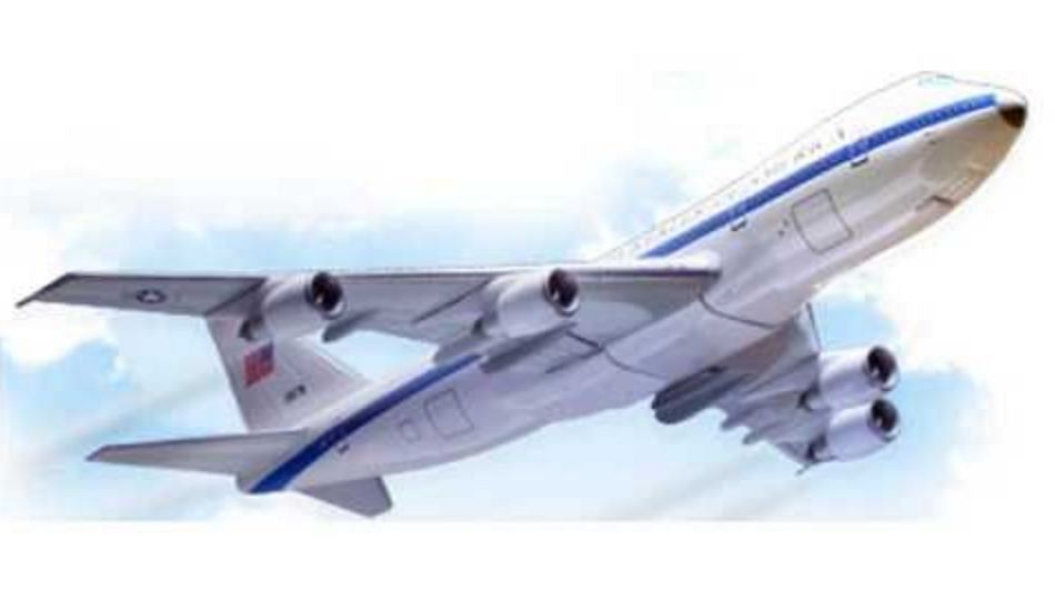 कोल्हापूर विमानताळवरुन मालवाहतुक सुरू होणार; पालकमंत्री आग्रही