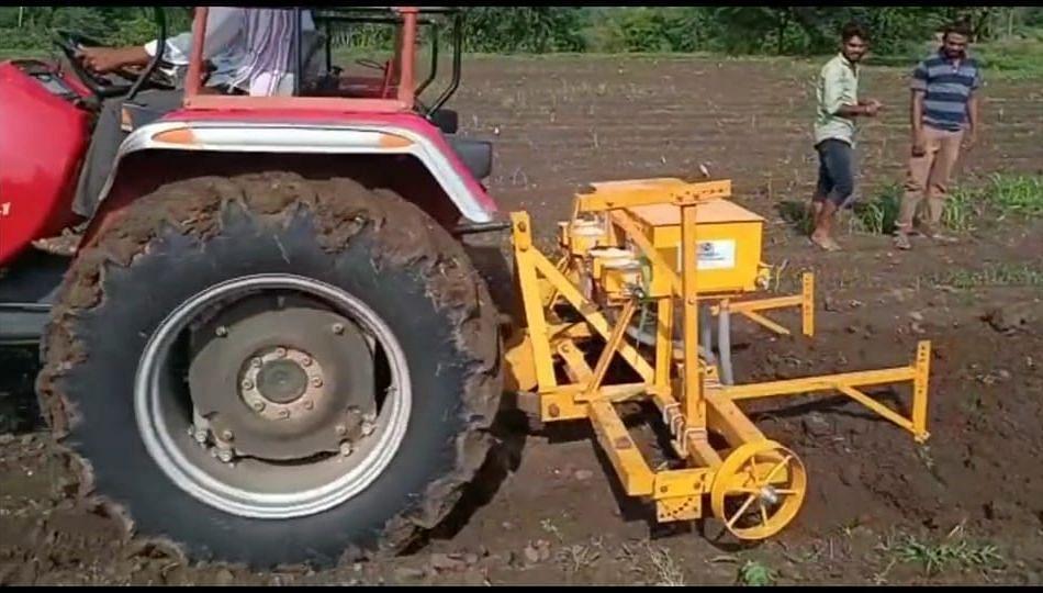 ट्रॅक्टर आमचं डिझेल तुमचं; शेतकरी मित्र फार्मर प्रोड्युसर कंपनीचा उपक्रम