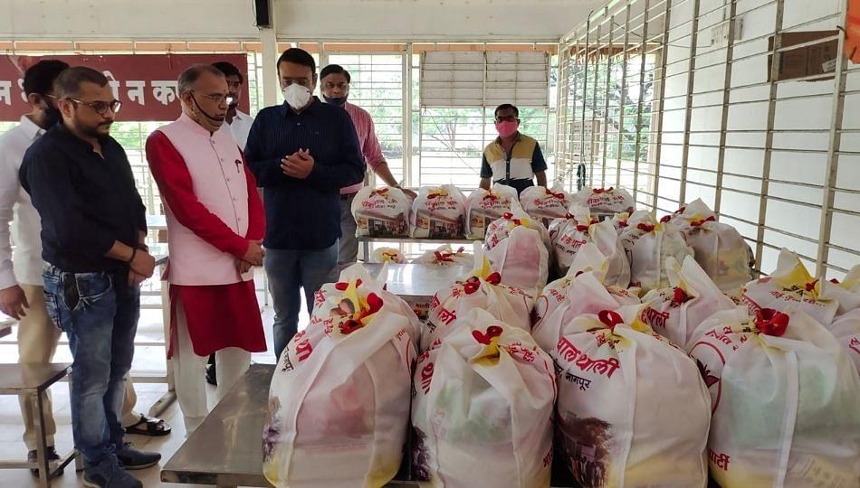 देवेंद्र फडणवीसांच्या वाढदिवसानिमित्त नागपुरात विविध सामाजिक कार्यक्रम