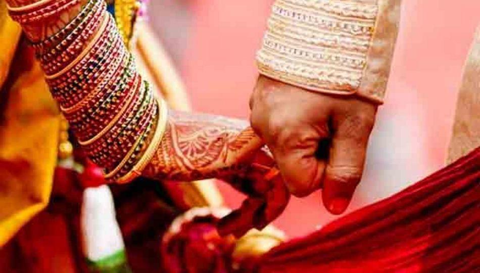 दिशा परमार- राहुल वैद्य विवाह बंधनात अडकले