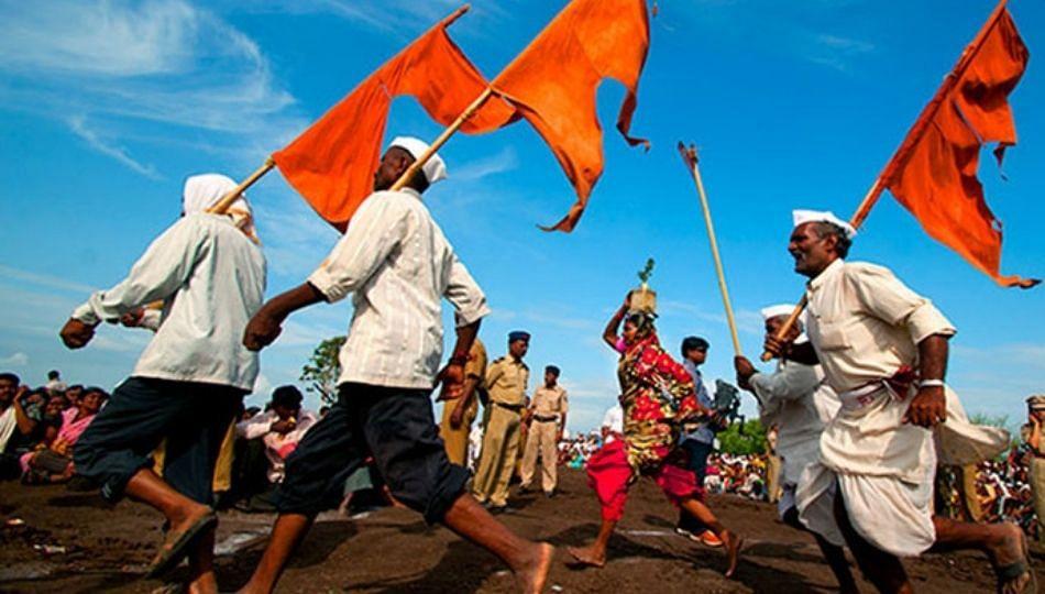 मुख्यमंत्र्यांनी हिंदू असून वारकऱ्यांची परंपरा खंडीत केली; हभप नरहरी महाराज चौधरी