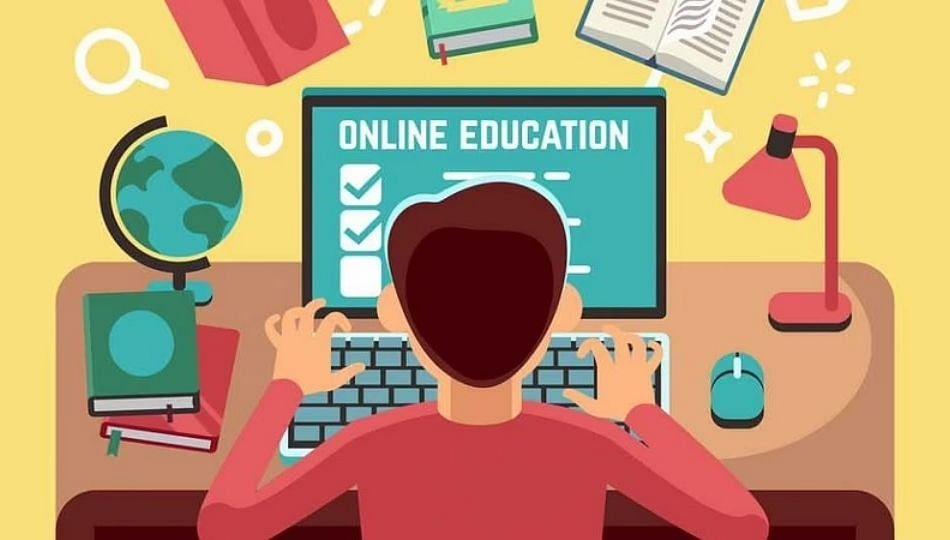 कोरोना संकट आणि ऑनलाइन शिक्षण; विद्यार्थ्यांसमोर अनेक प्रश्न