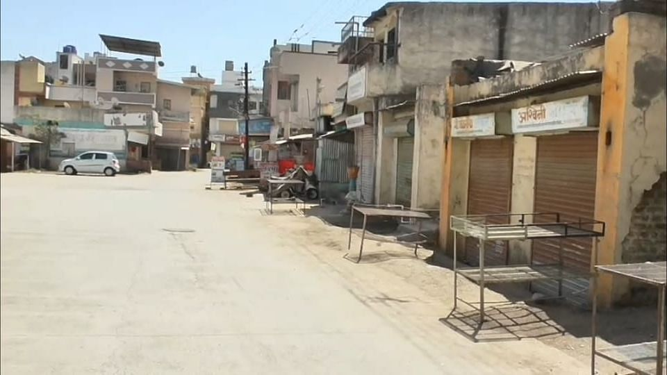 अहमदनगरच्या पारनेर तालुक्यात 22  गावांमध्ये कडक लॉकडाउन
