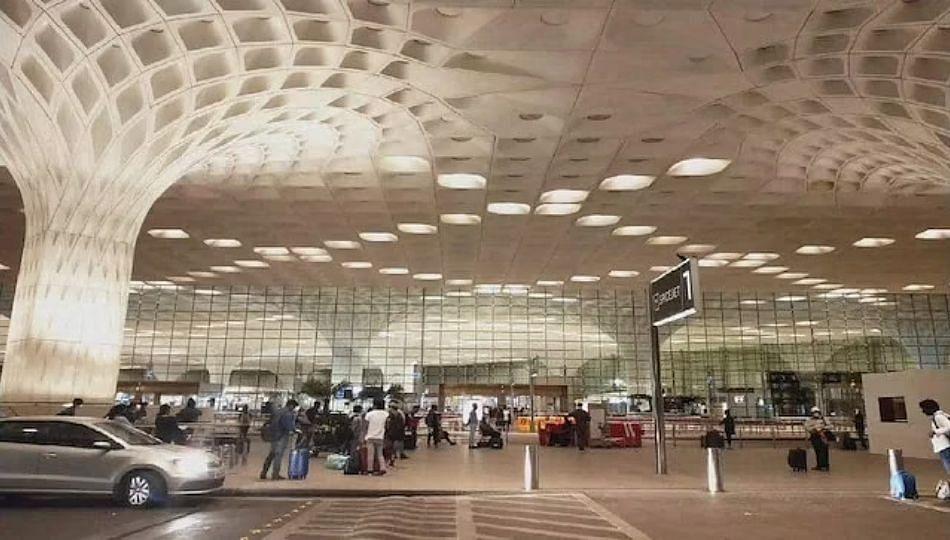 मुंबई विमानतळाचं मुख्यालय अहमदाबादला (पहा व्हिडिओ)