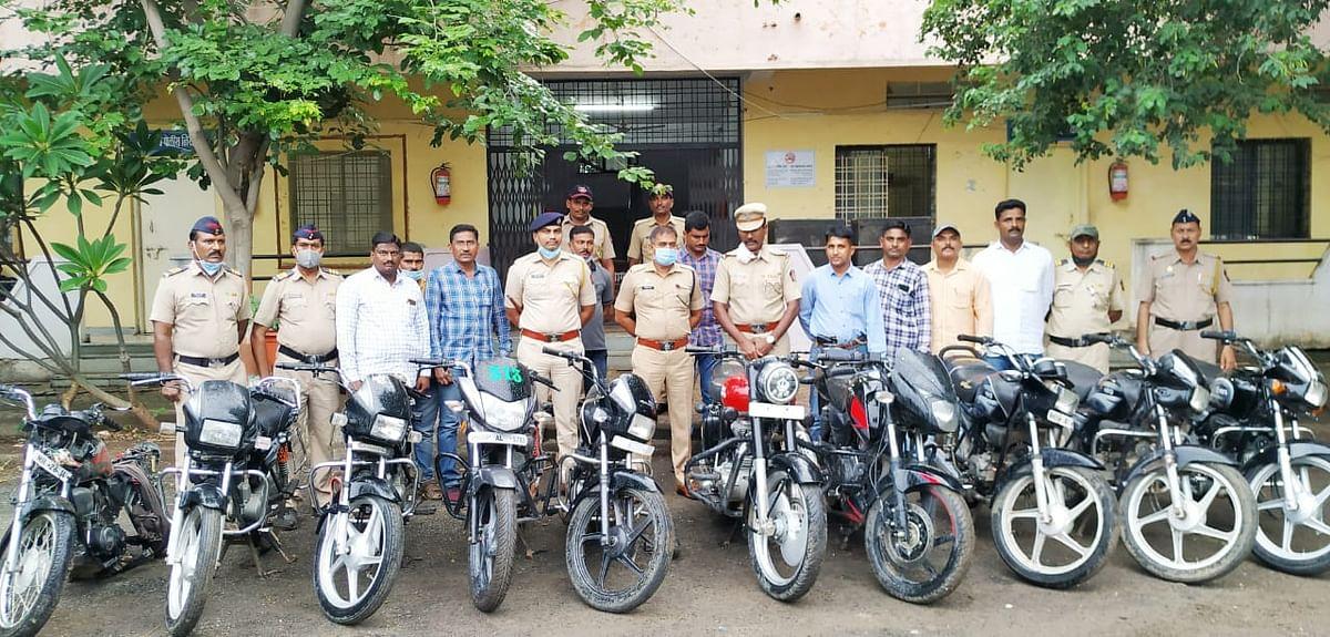 दुचाकी चोरांची टोळी जेरबंद; दहा दुचाकी जप्त- नांदेड ग्रामीण पोलिसांची कारवाई
