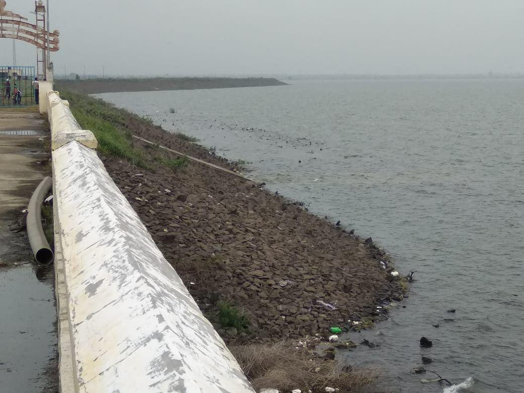 परभणी : लोअर दूधना प्रकल्पाच्या पाणी पातळीत वाढ