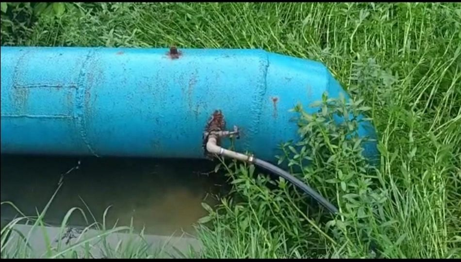 अंबरनाथमध्ये एमआयडीसीच्या जलवाहिनीतून पाणीचोरी