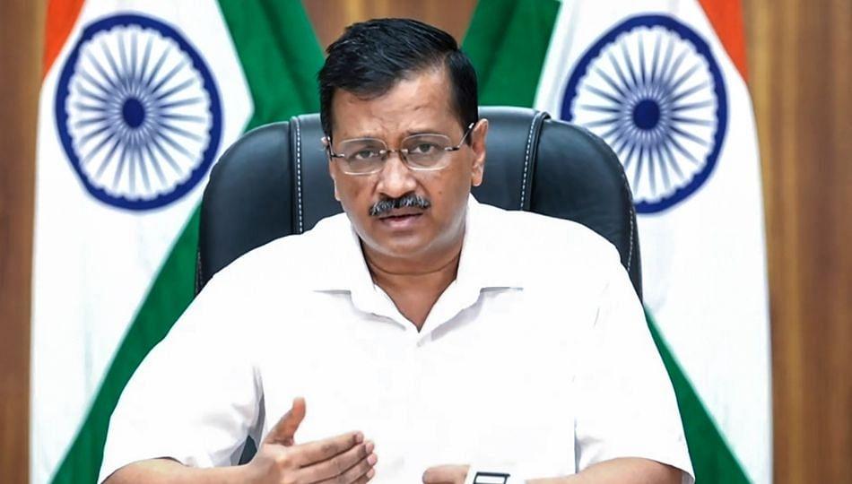 केजरीवाल सरकारचा मोठा निर्णय; प्रदूषण रोखण्यासाठी दिल्लीत फटाक्यांवर बंदी