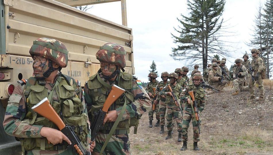 URI Sector: एका पाकिस्तानी दहशतवाद्याला अटक, एक ठार