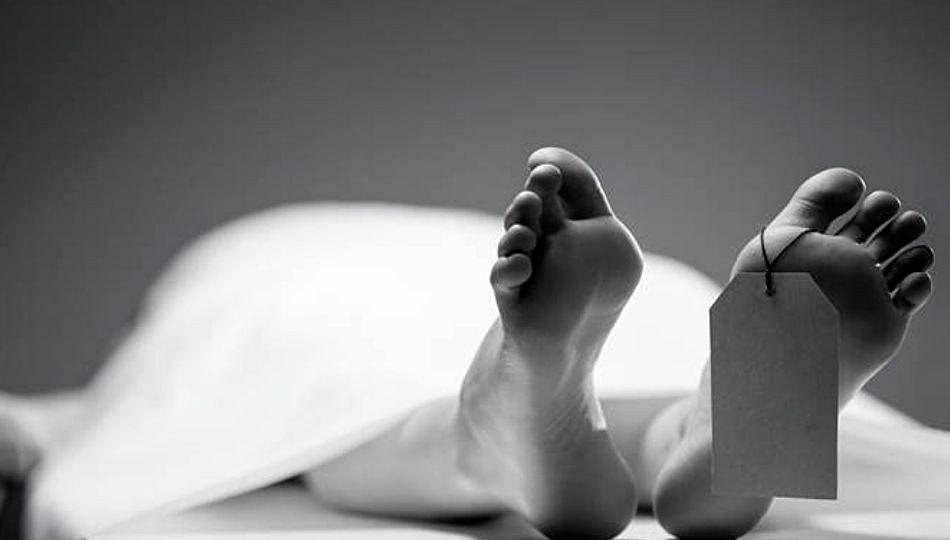 Pune Breaking : कपडे वाळत घालताना तोल गेल्याने आठव्या मजल्यावरून पडून महिलेचा मृत्यू!