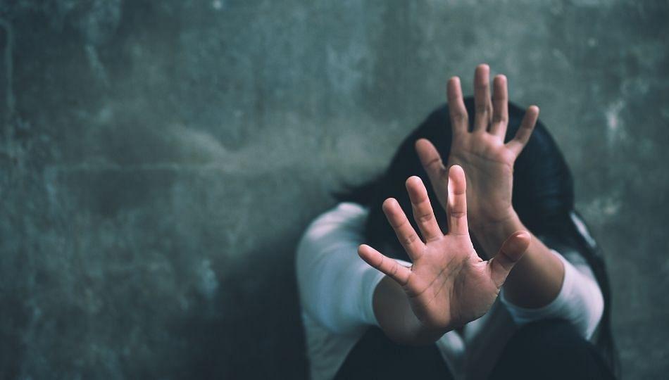 बायकोच्या अल्पवयीन बहिणीवर बलात्कार करून मेहुणा फरार!