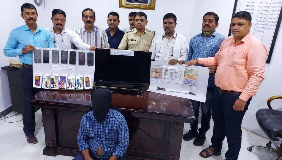 मुंबईतुन तडीपार अन् 16 गुन्हे दाखल असलेला सराईत चोरटा गजाआड