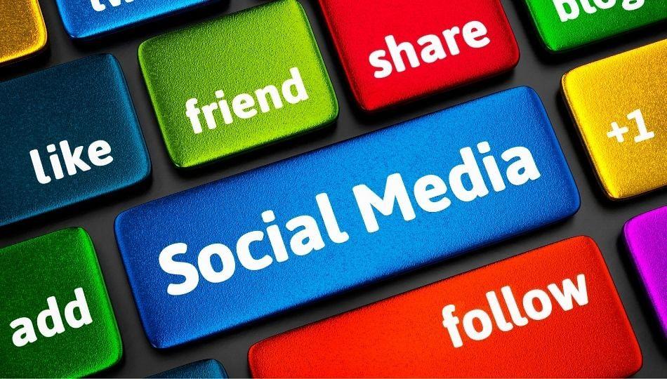 रशियाने Facebook, Twitter आणि Telegramला ठोठावला दंड; जाणून घ्या कारण