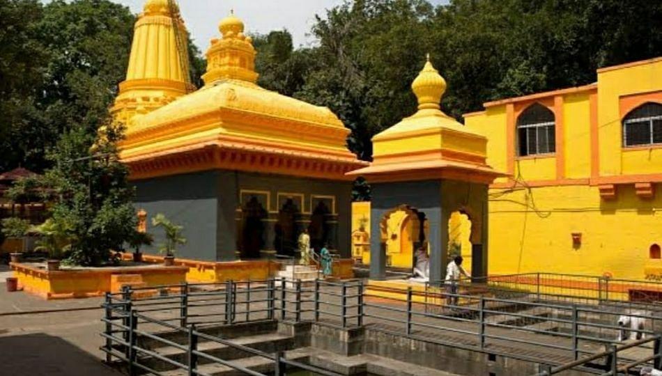 PMRDAचा अजब कारभार! बनेश्वर मंदिरा जवळच कचरा आणि सांडपाणी प्रकल्प