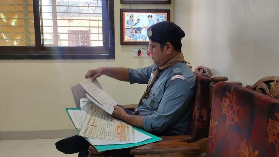 बापरे..स्काऊट गाईड दिल्ली कार्यालयातून पाठवलेले प्रमाणपत्र मिळाले तब्बल बारा वर्षांनी