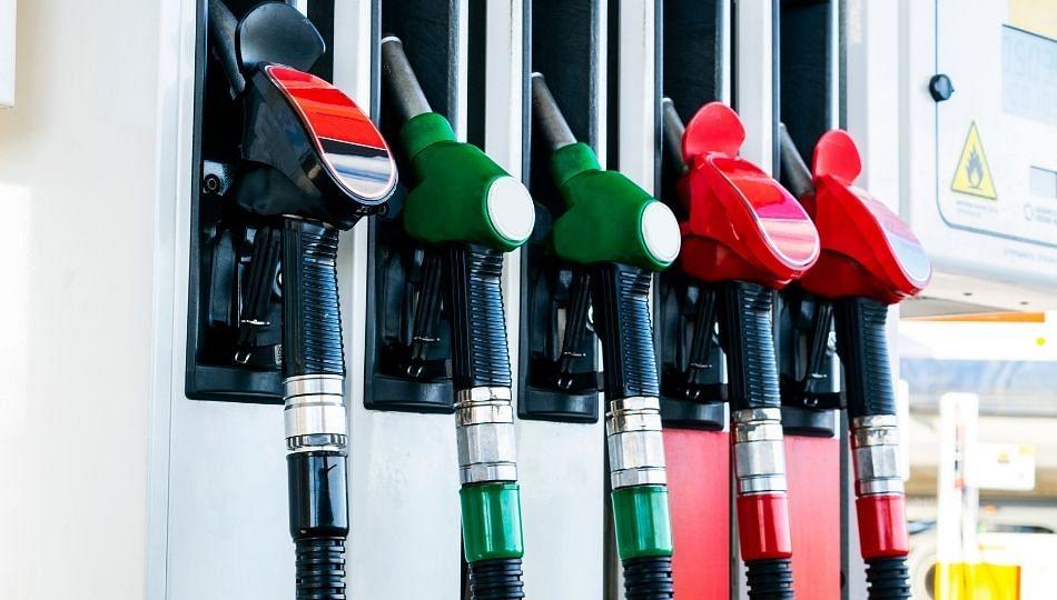 Petrol Diesel Price: पेट्रोलनंतर आता 'या' शहरात डिझेलचीही सेंच्युरी कायम