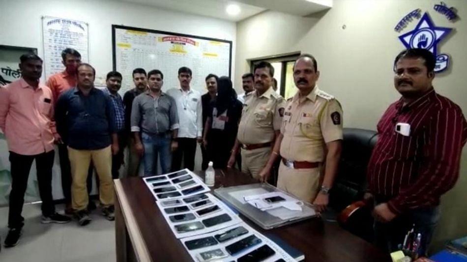 जबरीने मोबाईल चोरून नेणाऱ्या सराईत चोरट्याला मानपाडा पोलिसांनी केली अटक...