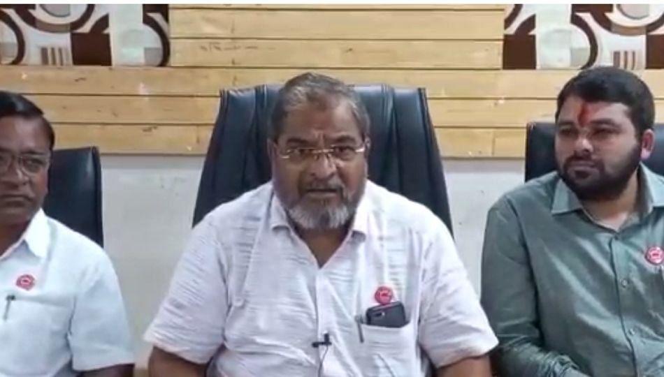 Kalyan : मलंगगड परिसरात जीन्स कारखान्यांचे पेव..!