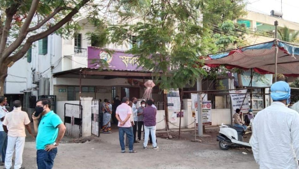 लातूरमध्ये नियमांची पायमल्ली करणाऱ्या कोविड हॉस्पिटलची मान्यता रद्द