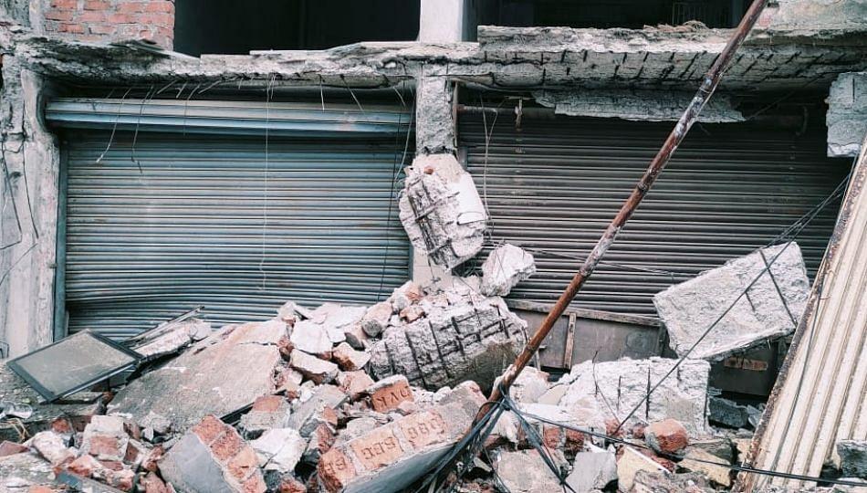 उल्हासनगर मध्ये दुकानाचा स्लॅब कोसळला