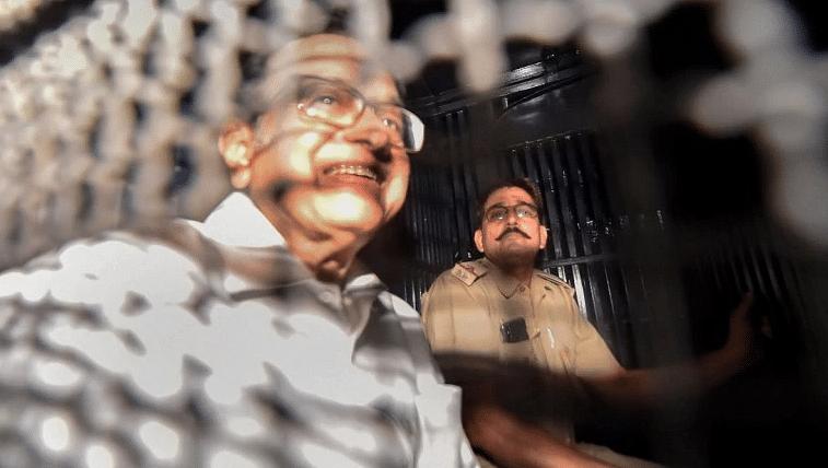 चिदंबरांची तिहार तुरुंगात रवानगी