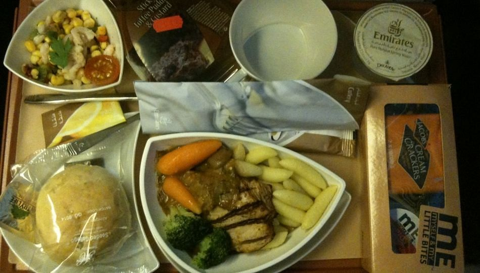 मधुमेह असलेल्या रुग्णांनी दुपारच्या जेवणात खाव्यात ''या'' गोष्टी; साखेरची पातळी राहील नियंत्रणात