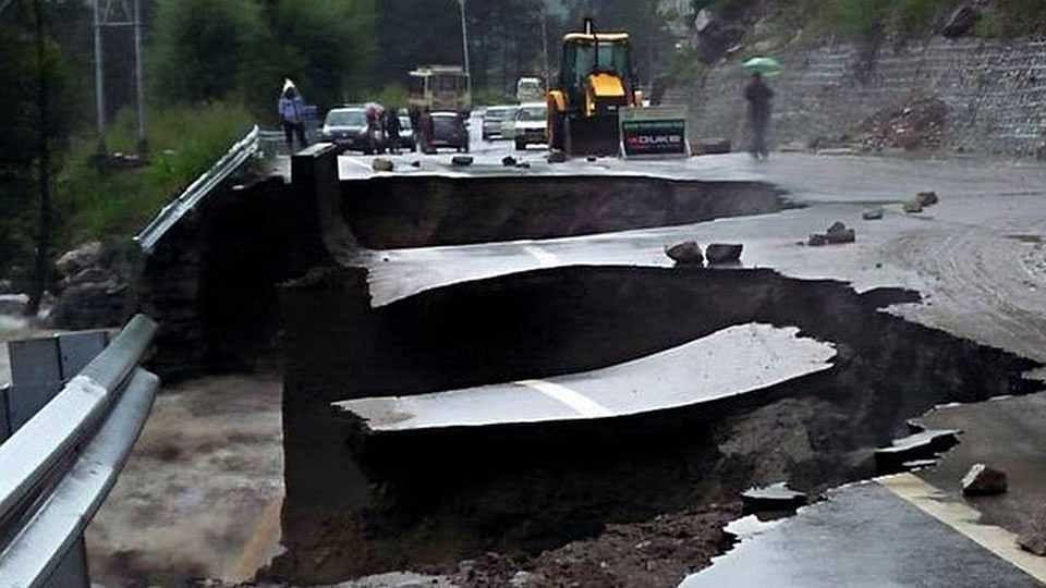 Monsoon | हिमाचलमध्ये 18 जण मृत्युमुखी, उत्तरकाशीत ढगफुटी, पाच बेपत्ता