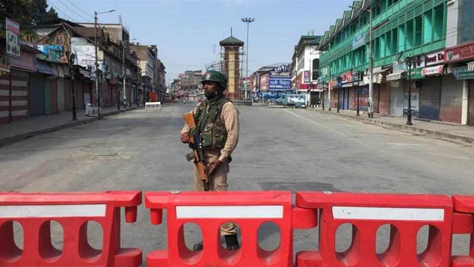 काश्मीर खोऱ्यातील तणावात वाढ