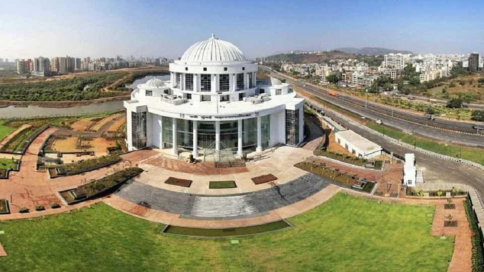 आता गणेश नाईकांची बारी; नवी मुंबईतील 'या' शिवसेना नगरसेवकाचा राजीनामा...