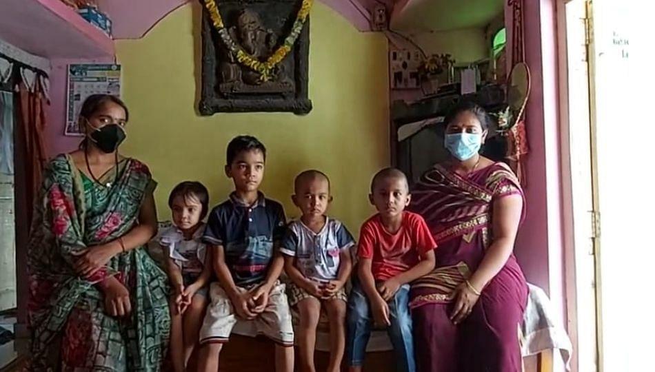 कुटुंबातील दोन कर्ते पुरुष व आईचा दुर्दैवी मृत्यू, दोन जावांसह चार चिमुकले उघड्यावर