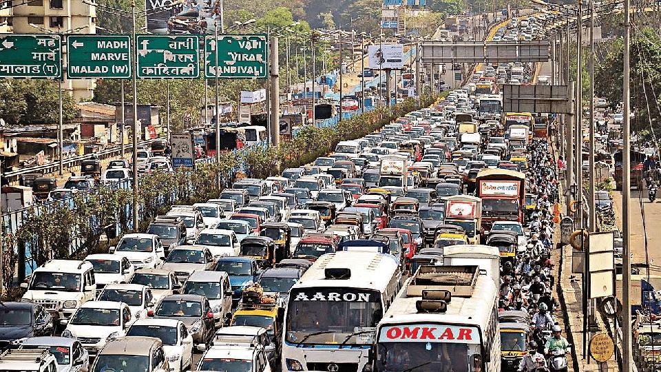 दिल्लीपेक्षा मुंबईमध्ये कारची संख्या पाच टक्के जास्त