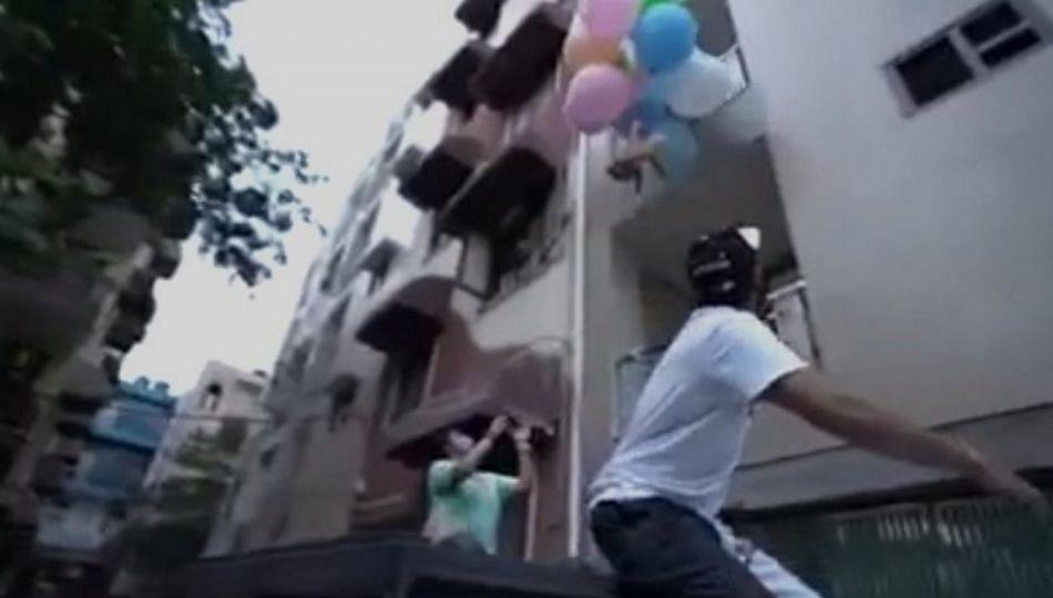 कुत्र्याला फुग्याला बांधून उडवलं; दिल्लीचा यु-ट्यूबर अटकेत