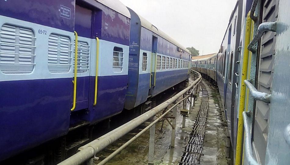 भारतीय रेल्वेचा कोविड- १९ शी लढा, रोज अनेक कर्मचारी होतात संक्रमित