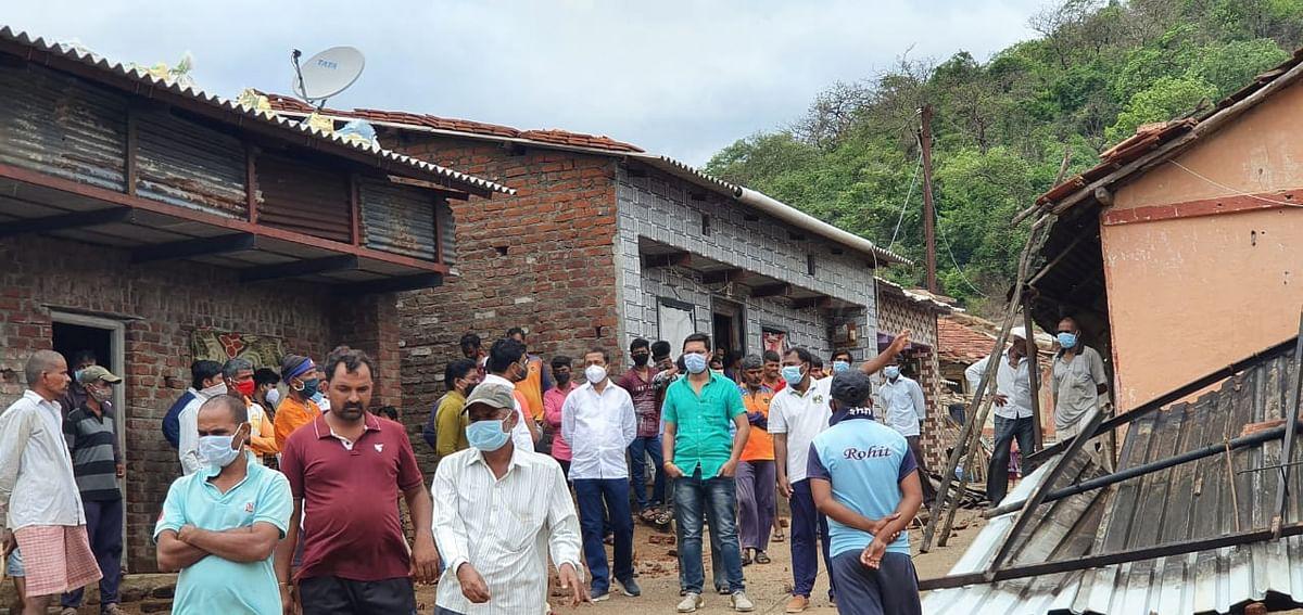 तौक्ते वादळाचा खेड तालुक्याच्या पश्चिम भागात दुसऱ्या दिवशीही फटका, 87 घरांसह शाळांचे नुकसान