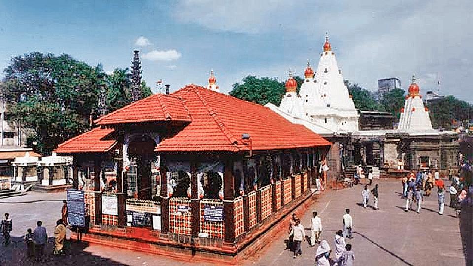 कोल्हापुरातील अंबाबाई मंदिरातील खासगी अभिषेक बंद