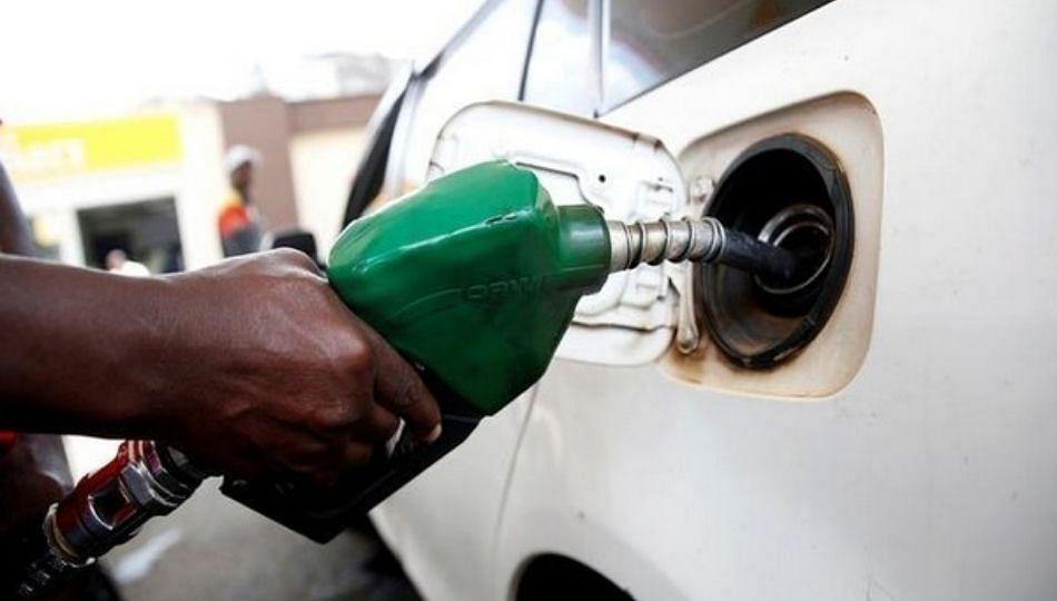इंधन दरवाढ : 2012 नंतर असे वाढत गेले इंधन दर; वाचा सविस्तर