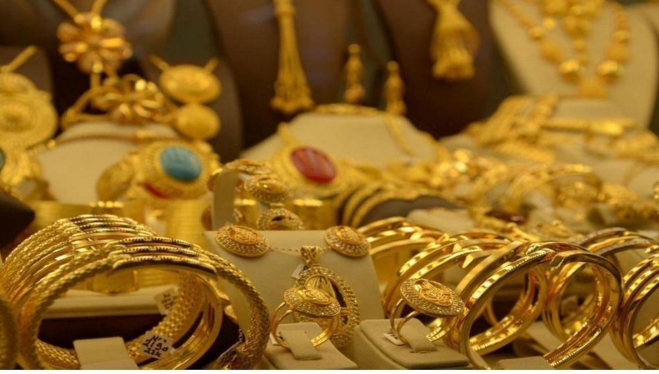सोनं आणि चांदीमधील घसरणीला लागलाब्रेक