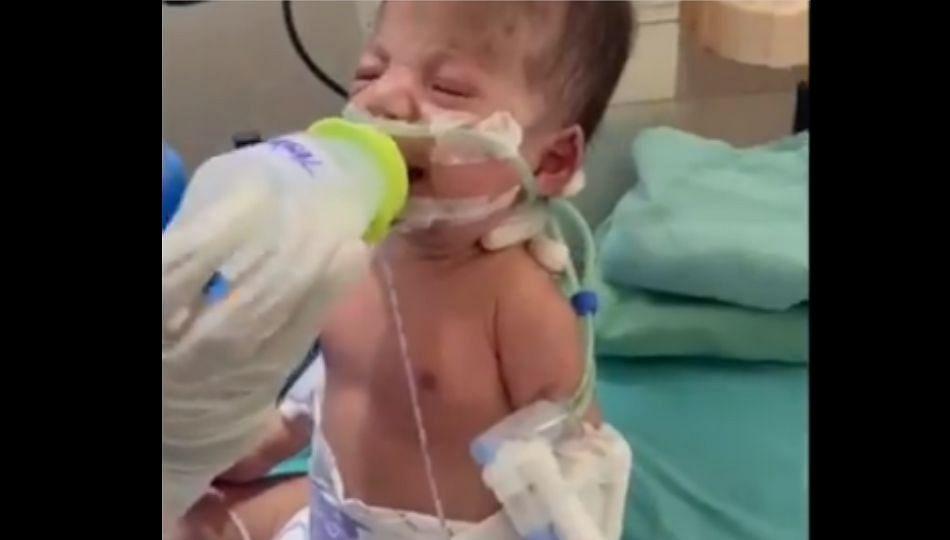 नुकत्याच जन्मलेल्या चिमुकलीने कोरोनाशी केली फाईट