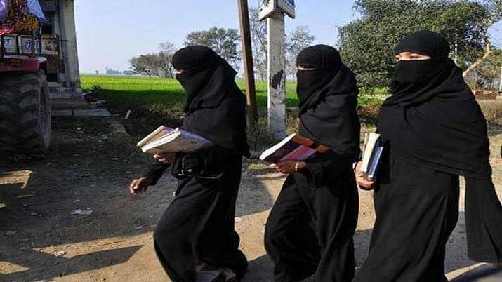 तालिबानच्या राजवटीत मुली शाळांमध्ये परतल्या पण...