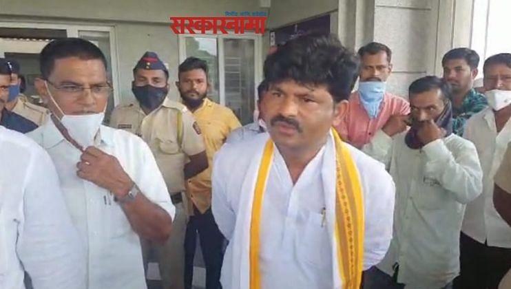 Sanjay Raut, Devendra Fadnavis