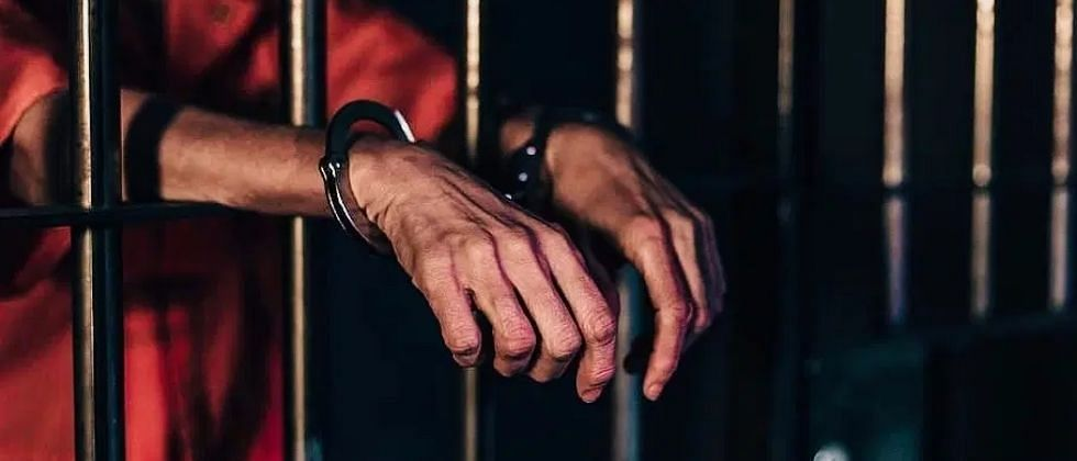 भाजप नेत्याच्या संघटनेचा खंडणीखोर पदाधिकारी पोलिसांच्या जाळ्यात