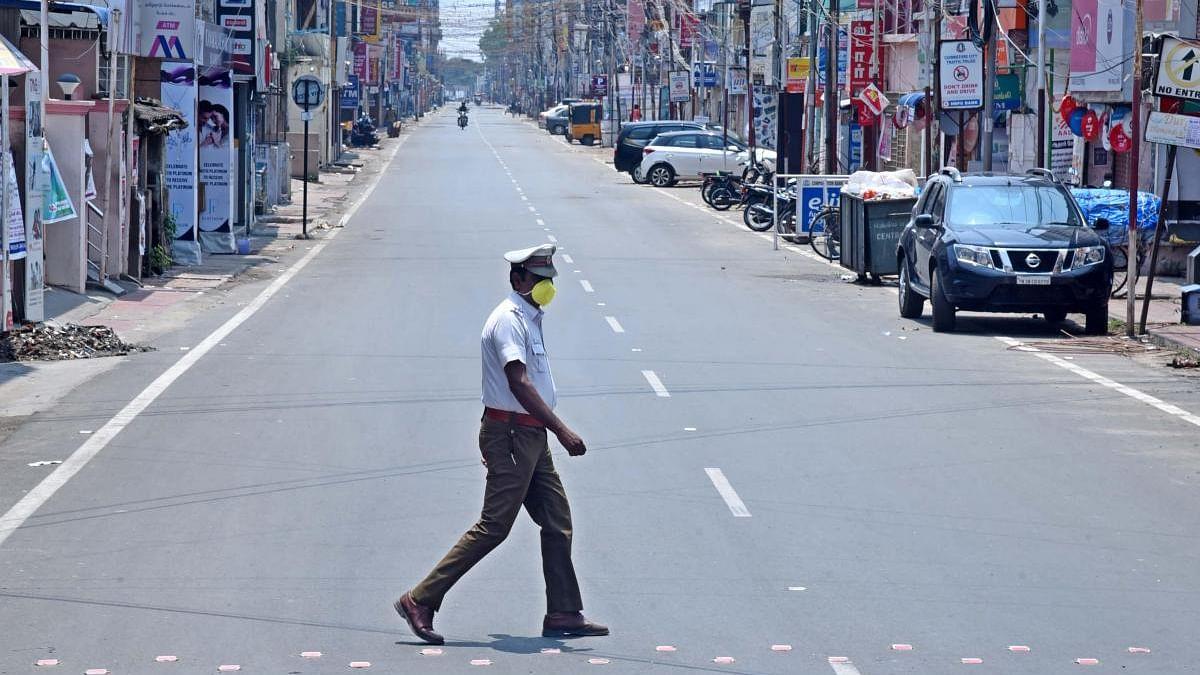 தமிழ்நாட்டில் ஊரடங்கில் அமலுக்கு வரும் புதிய தளர்வுகள்: விரிவான விவரம்!