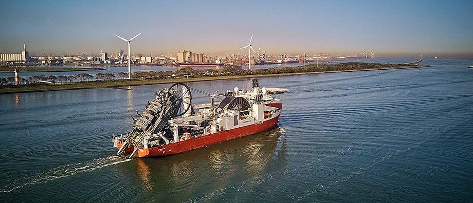 Newbuild Reel Lay Vessel Seven Vega Joins Subsea 7 Fleet