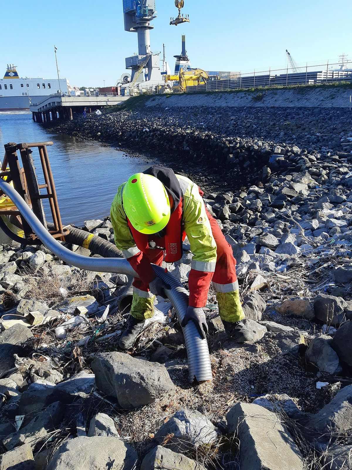 Port of Rotterdam Supports Fight against Plastic Pellet Pollution