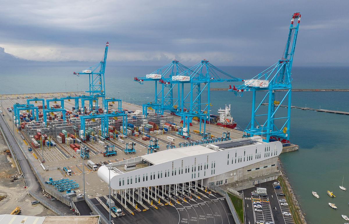 Shuttle Service Commences between COSCO's European Hub & Vado