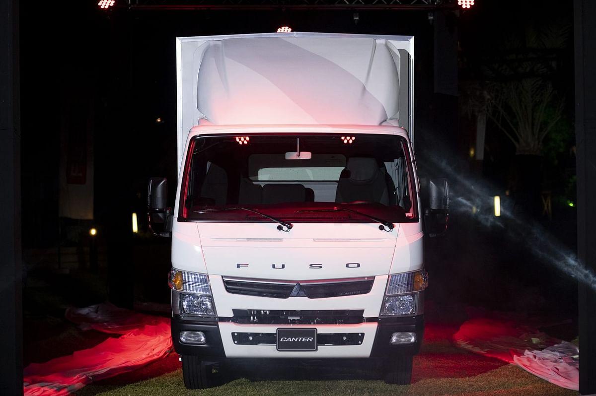 Mitsubishi Fuso Launches Light Duty Euro V Truck in UAE