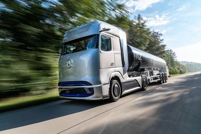 Linde & Daimler Truck AG Collaborate on Hydrogen Refueling