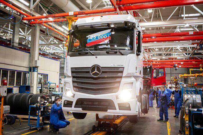 Daimler Kamaz RUS Celebrates Production Milestone